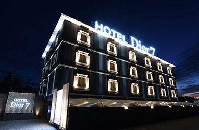 ホテル Dior7