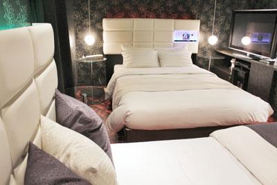 1010/ベッドとベッド