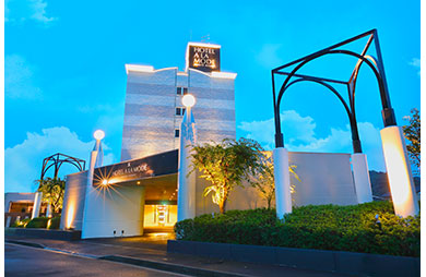 A LA MODE【HAYAMA HOTELS】